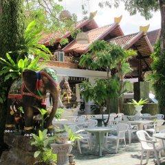 Отель Kata Garden Resort столовая на открытом воздухе фото 2