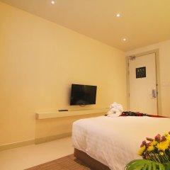 Отель Aspira Hiptique Sukhumvit 13 3* Номер Делюкс с различными типами кроватей