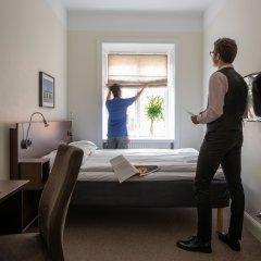 Отель Castle House Inn 2* Номер с общей ванной комнатой с различными типами кроватей (общая ванная комната) фото 2