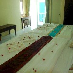 Отель Patong Palm Guesthouse комната для гостей фото 13