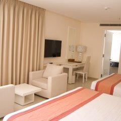 Nhi Phi Hotel 3* Люкс с различными типами кроватей