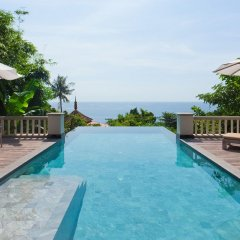Отель Trisara Villas & Residences Phuket переливной бассейн