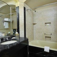 Отель Waldorf Astoria New York Нью-Йорк ванная фото 5