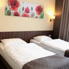 Гостиница Россия 3* Номер Бизнес с 2 отдельными кроватями