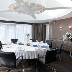 Гостиница Holiday Inn Almaty комната для гостей фото 6