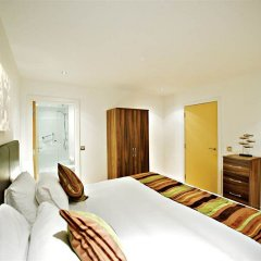 Отель Living by BridgeStreet, Manchester City Centre 4* Апартаменты с различными типами кроватей