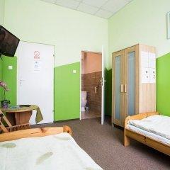 Moon Hostel Стандартный номер с двуспальной кроватью фото 9