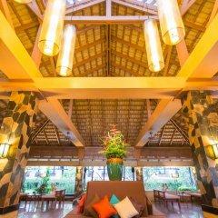 Phuket Island View Hotel вестибюль