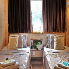 Отель Compass River City Boatel 3* Номер категории Премиум с различными типами кроватей