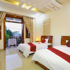 Отель Hoang Thu Homestay 2* Стандартный семейный номер с двуспальной кроватью