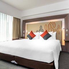 Отель Novotel Bangkok Silom Road 4* Улучшенный номер с различными типами кроватей