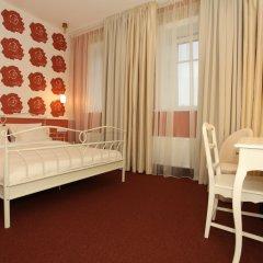 Отель Moon Garden Art 4* Представительский люкс с различными типами кроватей