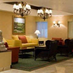 Отель Courtyard By Marriott Cancun Airport вестибюль