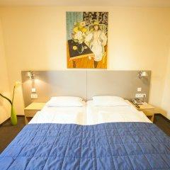 Hotel Münchner Hof 3* Улучшенный номер с двуспальной кроватью