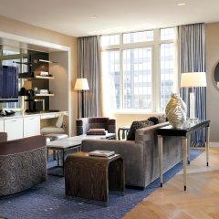 Отель The London NYC Нью-Йорк комната для гостей фото 8