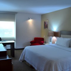 Отель Holiday Inn Select 4* Стандартный номер