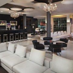 Отель Meliá Berlin гостиничный бар