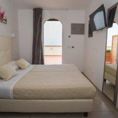 Отель Villa Augustea 3* Стандартный номер с двуспальной кроватью фото 3