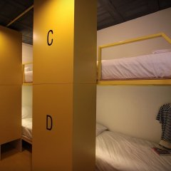 Отель Fulfill Phuket Кровать в общем номере