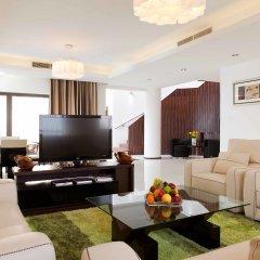 Отель Delta by Marriott Jumeirah Beach 4* Люкс с различными типами кроватей