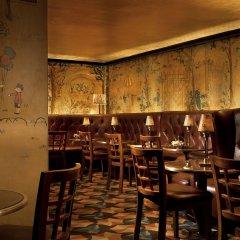 The Carlyle, A Rosewood Hotel Нью-Йорк вестибюль отеля
