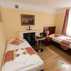 Dolphin Hotel 3* Стандартный номер с двуспальной кроватью