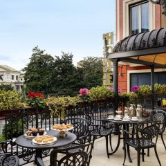 Hotel Continental Genova терраса/патио