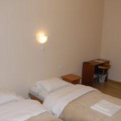 Отель Knights Court Guest House 3* Стандартный номер с различными типами кроватей