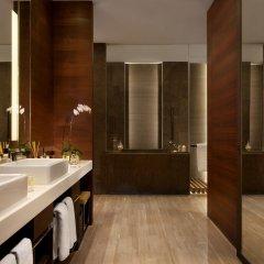 Отель The Langham, Shanghai, Xintiandi ванная