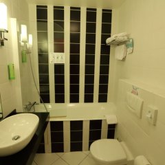 Hotel Carlton's Montmartre ванная фото 3