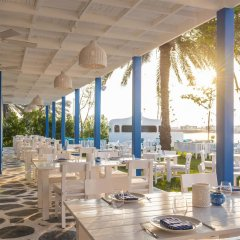 Отель Le Méridien Mina Seyahi Beach Resort & Marina обед фото 2