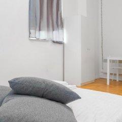 Отель Metro Centrum Guest Rooms 2* Номер категории Эконом с различными типами кроватей