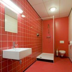 WOW Hostel Amsterdam ванная