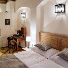 Отель Residence U Mecenase 4* Улучшенные апартаменты