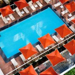 Отель Suite Novotel Nice Aeroport Ницца бассейн