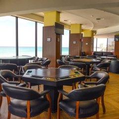 Отель Crown Paradise Club Cancun - Все включено Мексика, Канкун - 10 отзывов об отеле, цены и фото номеров - забронировать отель Crown Paradise Club Cancun - Все включено онлайн спорт-бар