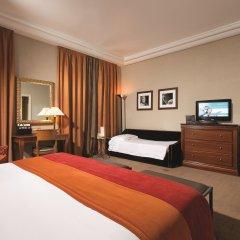 Hotel Dei Mellini 4* Стандартный семейный номер с двуспальной кроватью
