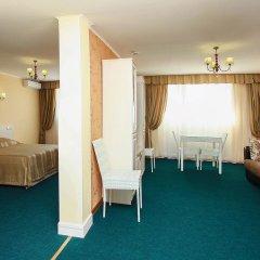 Парк-Отель Лазурный Берег Апартаменты с различными типами кроватей