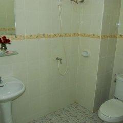 Отель Patong Palm Guesthouse ванная фото 4