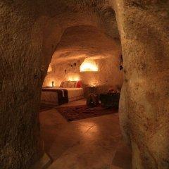 Jerveni Cave Hotel 2* Люкс с различными типами кроватей