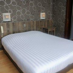 Hotel Tropicana 2* Стандартный номер с двуспальной кроватью