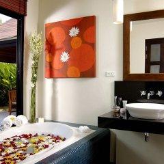 Отель Two Villas Holiday Oriental Style Layan Beach глубокая ванна