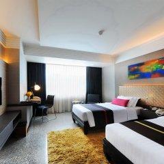 Отель DoubleTree by Hilton Bangkok Ploenchit 5* Улучшенный номер