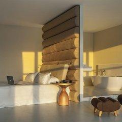 Отель Room Mate Aitana 4* Люкс с различными типами кроватей