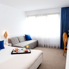 Отель Novotel Wroclaw City 3* Стандартный номер с разными типами кроватей фото 3