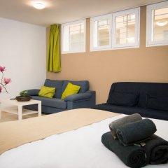 Апартаменты Holidays2Malaga Juan de Mena Apartments комната для гостей
