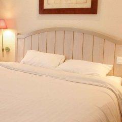 Отель Campanile Val de France 3* Стандартный номер с различными типами кроватей фото 3