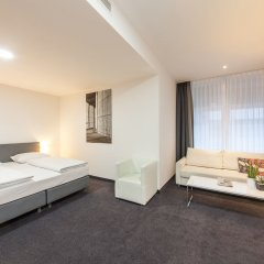 Select Hotel Berlin Gendarmenmarkt 4* Улучшенный номер с разными типами кроватей