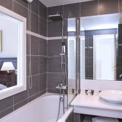 Hotel West End Nice ванная фото 2
