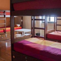 Lisb'on Hostel Кровать в общем номере с двухъярусной кроватью фото 2